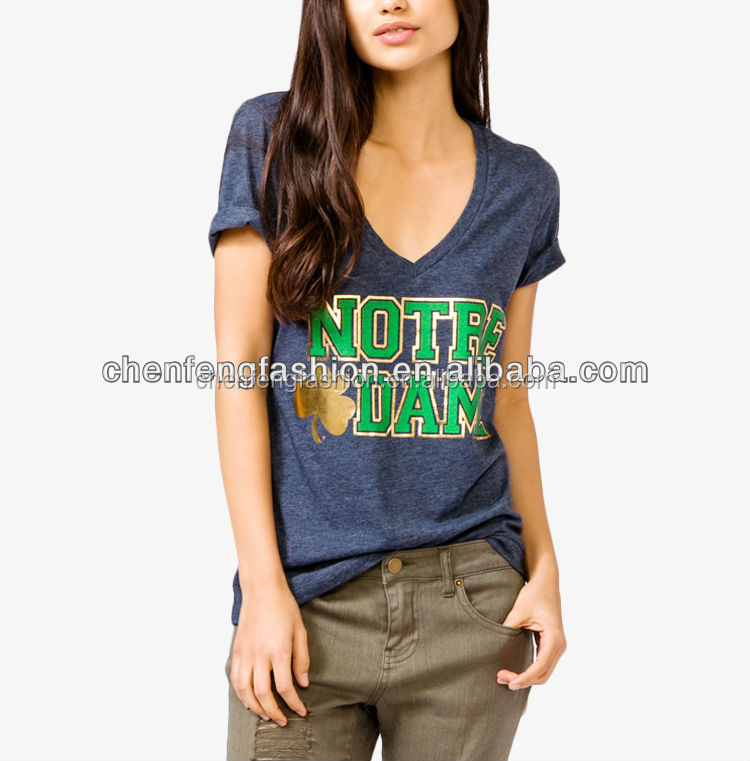 CHEFON Metallic Clover Graphic Heathered Longline V Neck Tee CB0562