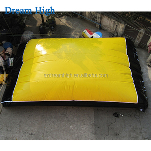 Customizable Main used giant product Freefall stunt style inflatable big jumping air bag