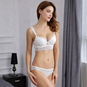 22157b9b2 B1178 Fashionable Comfortable Mature Lady Bra and Underwear Set