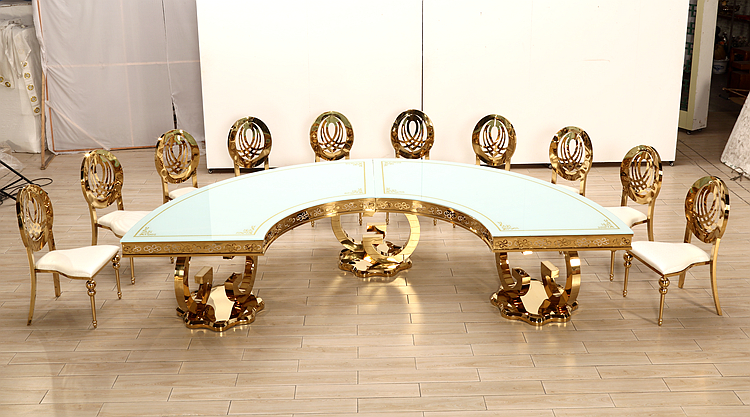 Classic Royal 12 Seater Half Moon Round Gold Banquet