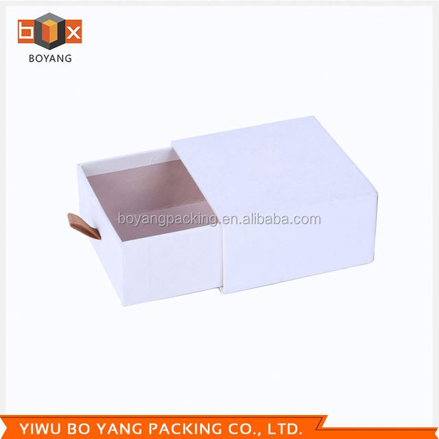 New coming Attractive style mirror glass jewelry box for wholesale