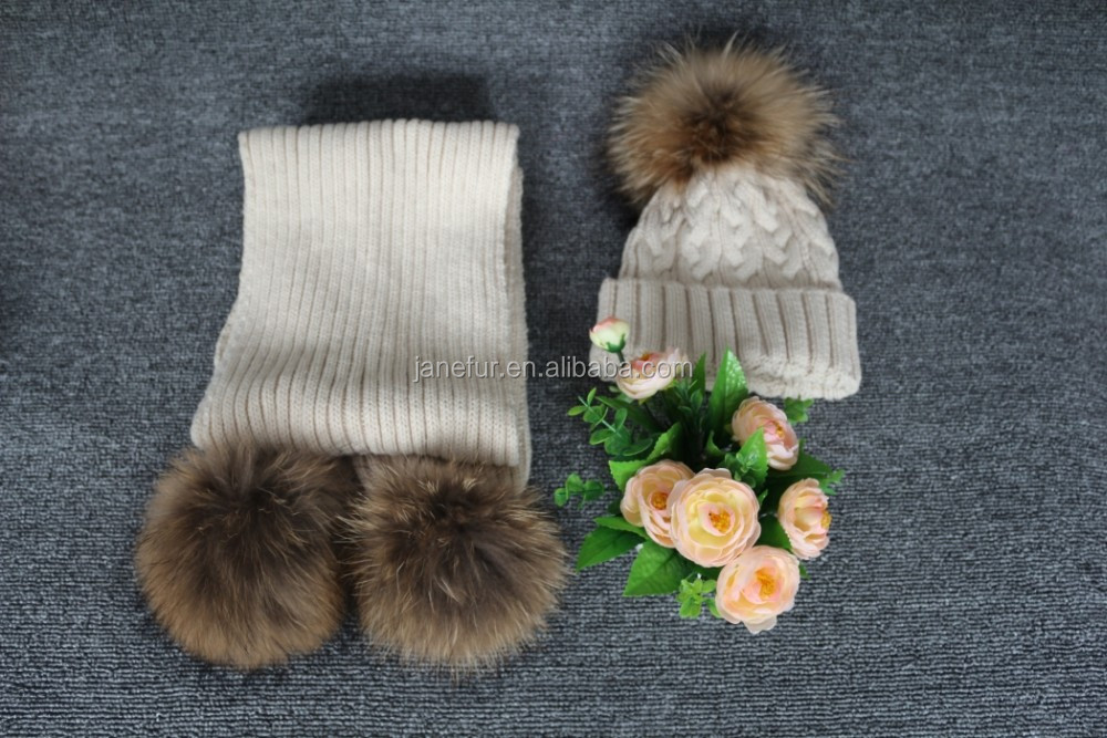 Simple design latest fashion wholesale women's knit hat and scarf sets