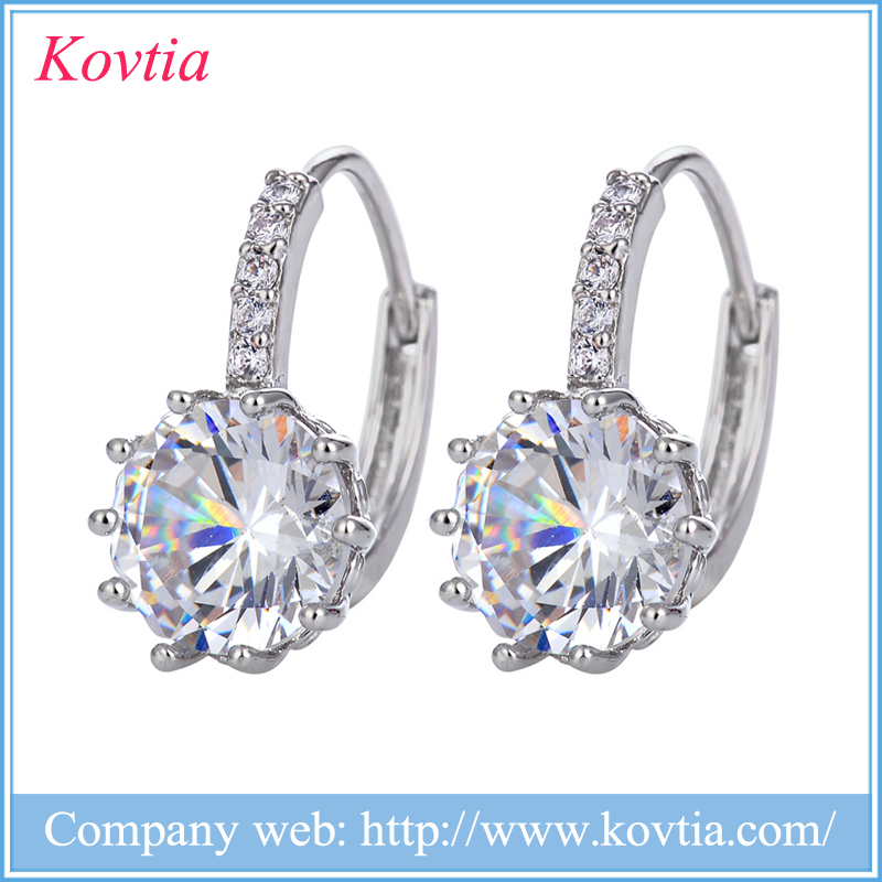 Kovtia Hypoallergenic Brass Alloy Jewelry Graceful Round Crystal Huggie Hoop Earrings for Woman