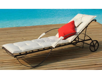 Confortable Ch Buy Canapé De Soleil Coussin En Forgé canapé lit Product On Fer Chaise Ir002 Longue Longue Lit Avec Lit TlK3F1Jcu5