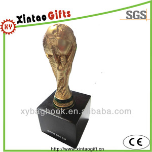 Customized gold colour plated wooden base metal trophy