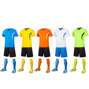 China Factory Direct Sell 100% Polyester Kids Football Jersey New Model Soccer Jersey