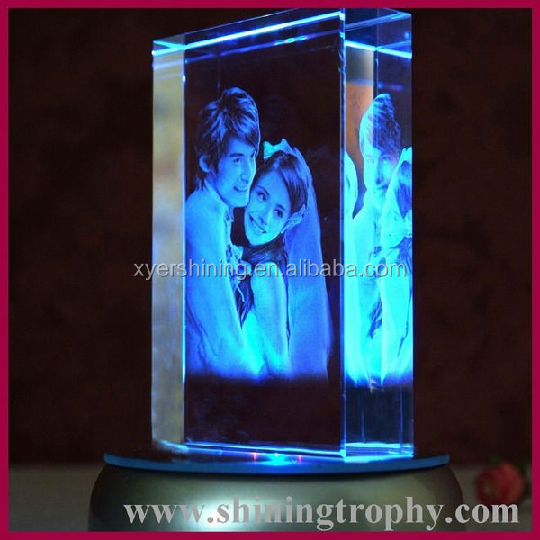 3d Laser Engraved Rose Crystal Cube Wedding Favors