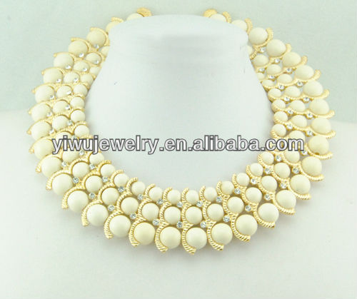 Beige Acrylic Balls Row Chains Short Pearl Collar Necklace women