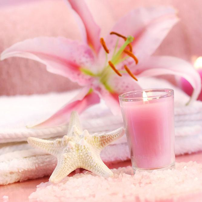 Pure Pink Romantic Gift Modest Luxury Glass Jar Candle
