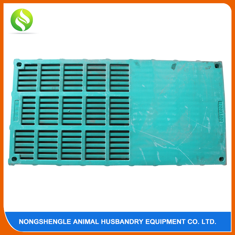 Plastic slatted flooring for pigs farrowing crate floor livestock farm