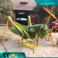 Giant artificial simulation insect animatronic mantis model