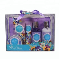 Lovely OEM free sample scented refreshing Bathing Collection gift set