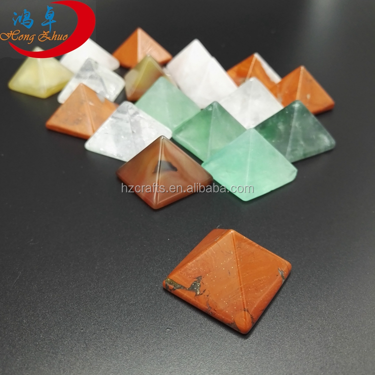 Wholesale 30mm size Quartz Stone Crystal pyramid For Healing