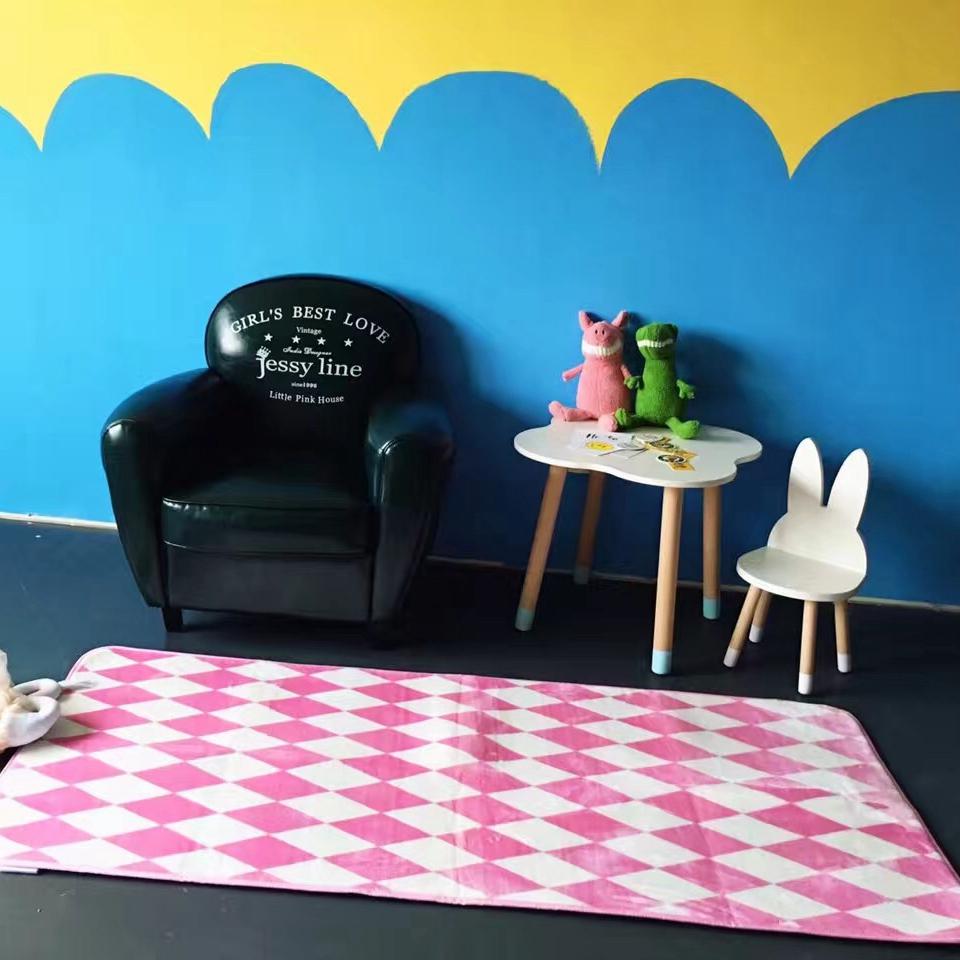 achetez en gros pourpre tapis carr s en ligne des grossistes pourpre tapis carr s chinois. Black Bedroom Furniture Sets. Home Design Ideas