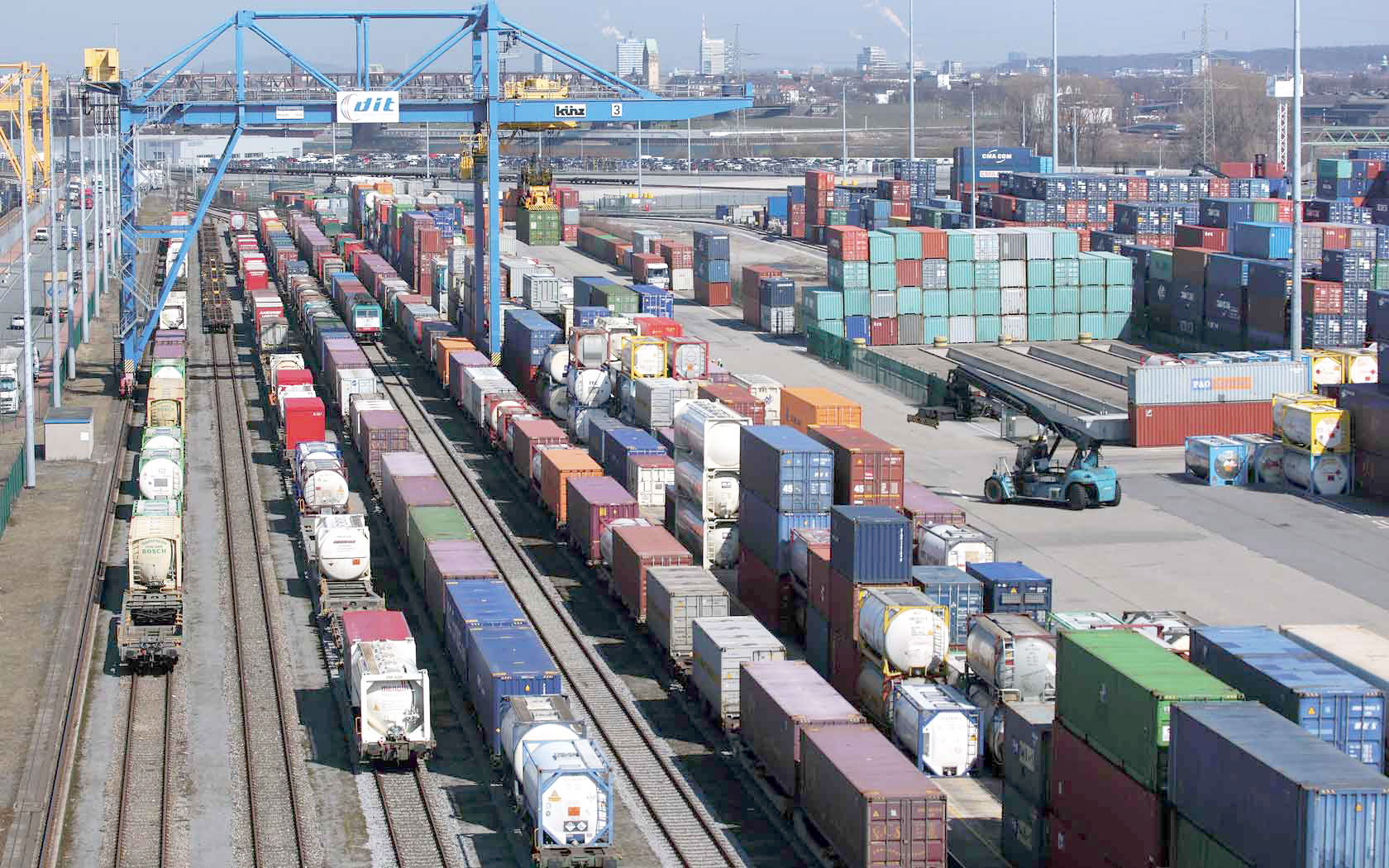 Professional Rail freight faster then sea rates from china to europe -skype:joelim37
