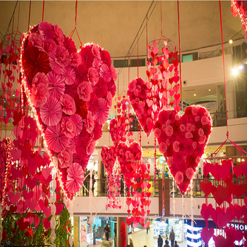 Customized Commercial Atrium Hanging Heart Shape Mall Valentine