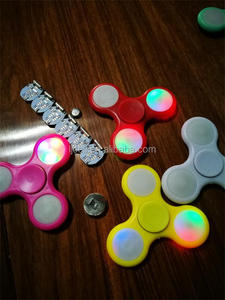 muti colorful led light didget gyroscope/ spinner toys