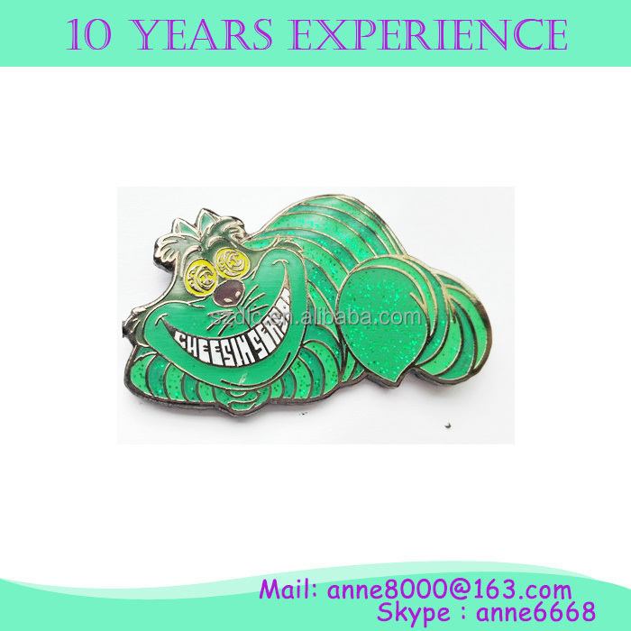 wholesale promotional fashionable badge with glitter color and rubber clasps