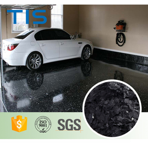 White Flakes with Black Epoxy for Garage Flooring