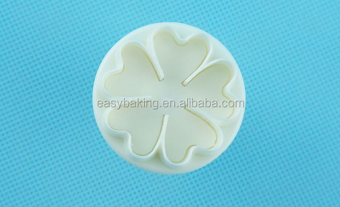 FP-0015 5 Heart Flower Plunger Fondant Cutter Set