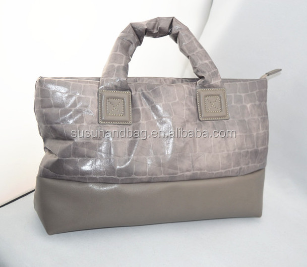 Handled Polyester Soft Trendy Lady Quilted Handbags