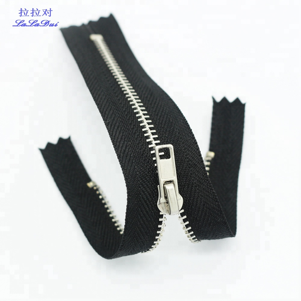 Zipper size  7 CLOSED END VARIOUS SIZES IN INCHES YKK METAL ZIPS BLACK DAL 1
