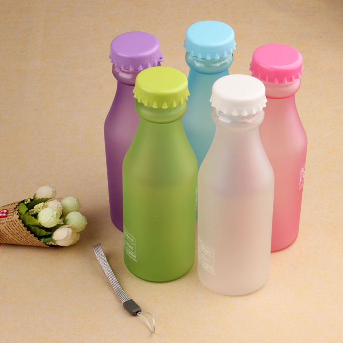 New Hot Sale Portable Leak-proof Bike Sports Unbreakable 550ml Plastic Water Bottle