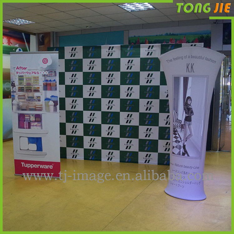 China Advertising Exhibition Fabric Backwall Arc Shape Pop Up Display