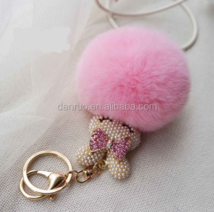 Gold Plated Keychain Cute Genuine Rabbit Fur Ball Pom Pom Keychain for Car Key Ring Handbag Tote