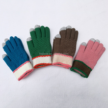 knitting touch screen gloves comfortable pattern smart touch gloves