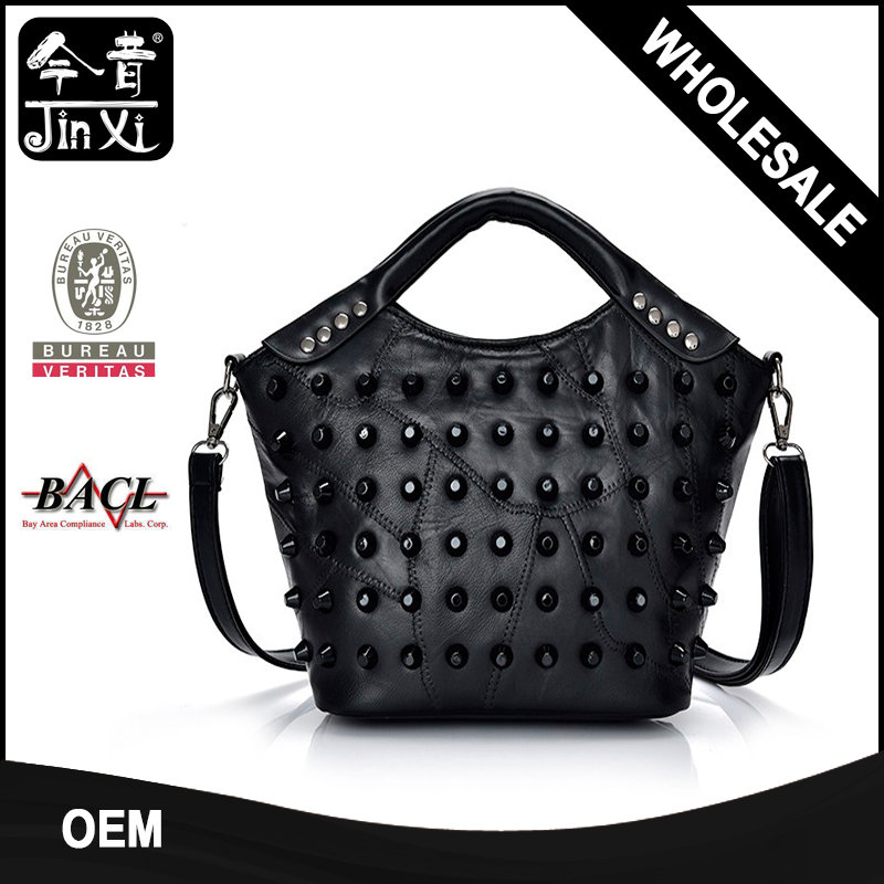 Good quality women handbags with rivet decoration