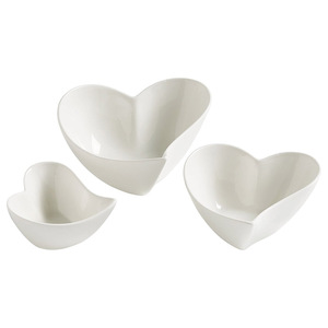 White set of 3 Ceramic Heart Sauce and Dip Set