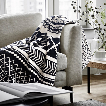Wondrous 2019 Knitted Blanket Black And White Jacquard Couch Throw Blanket With Handmade Tassels View Knitted Blanket Bindi Product Details From Shaoxing Creativecarmelina Interior Chair Design Creativecarmelinacom
