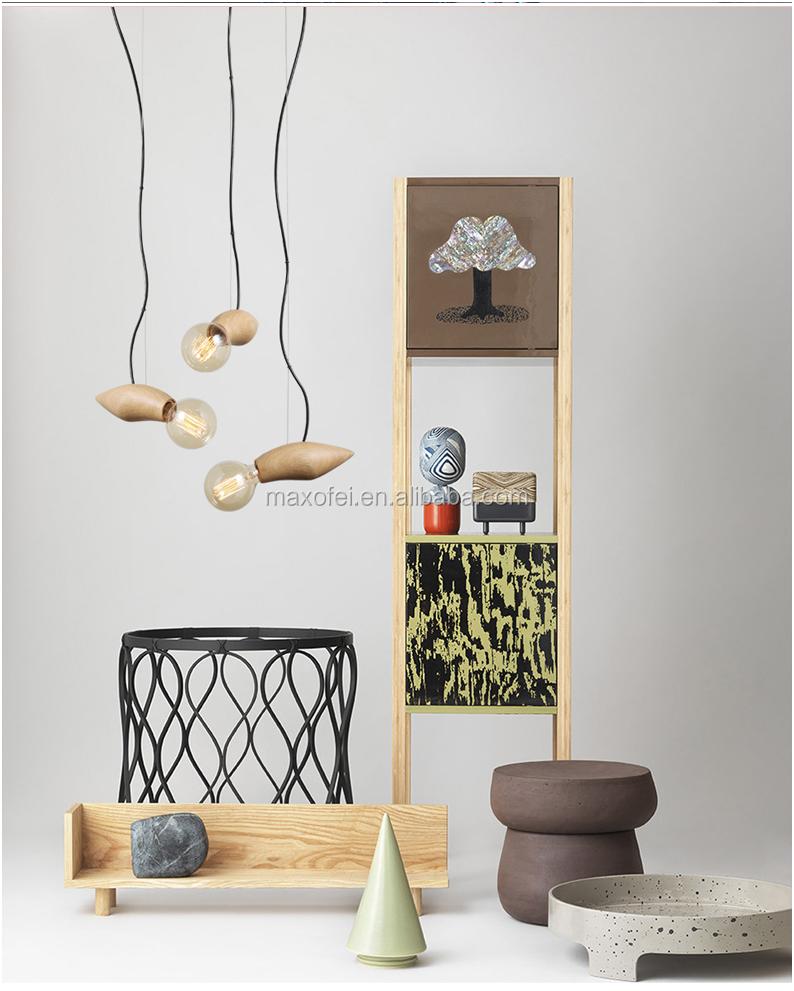 Simple conçu forme doiseau de bois suspendus grange lumière pour la décoration intérieure