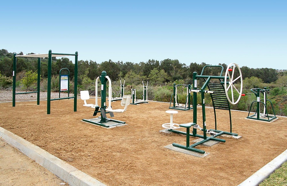 Steel Outdoor Fitness Equipment Combo Playground Gym
