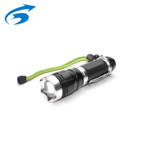 Daya Tinggi 1000 Lumen Anti Slide Rechargeable <span class=keywords><strong>Cree</strong></span> T6 LED Torch dengan Tali