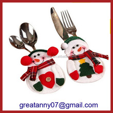 China factory wholesale custom OEM modern home interior table decor snowman cuttlery cover