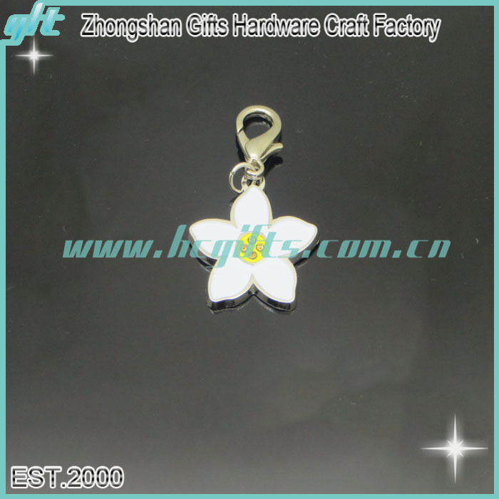 Customized flower shaped key ring/wholesale simple keychain/ spring style cheap promotional keychains