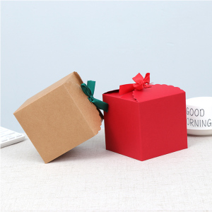 Custom Hot Selling Cheap Kraft Square Christmas Candy/Food Package Box Wholesale with Ribbon