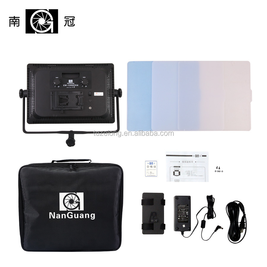 CN-1200CSA Nanguang portable photography light lamp with 1200 pcs led beads 7750lux 3200-5600k led video studio light