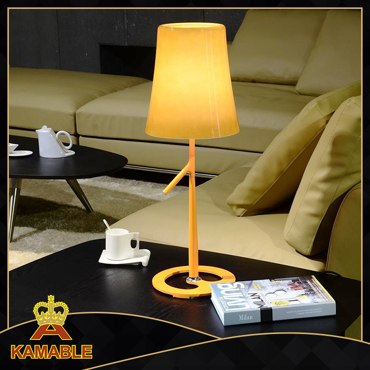Glass Hotel Table Lamp With Antique Style