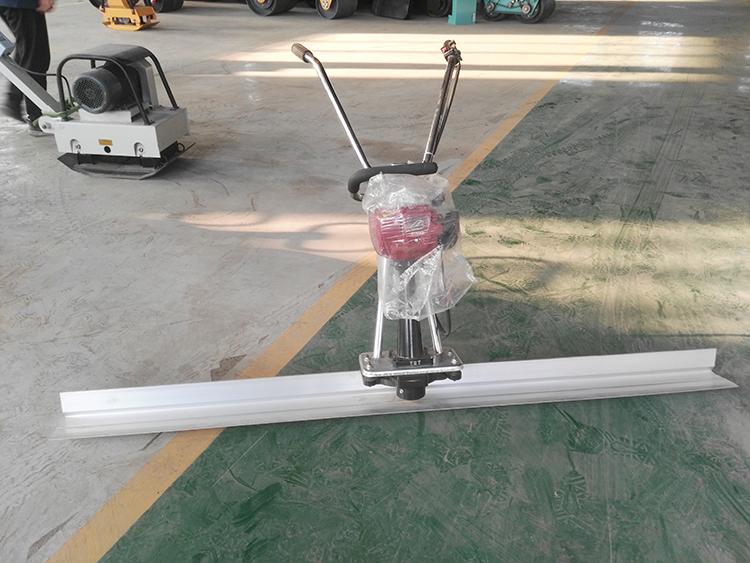 2019 vibratory floor leveling surface finishing machine vibrating concrete screed
