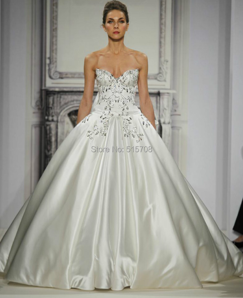 Romantic Design Sexy Bridal Gown See Through Sexy Halter