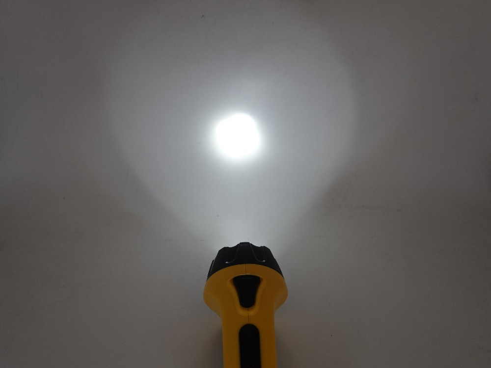 Super Bright Outdoor Handheld Portable Rechargeable Flashlight Torch Searchlight Long Shots Lamp