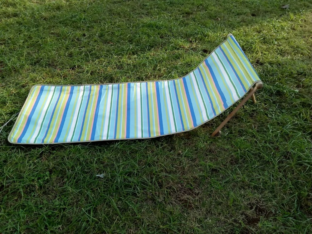 2016 Popular Folding Outdoor Padded Beach Mats With