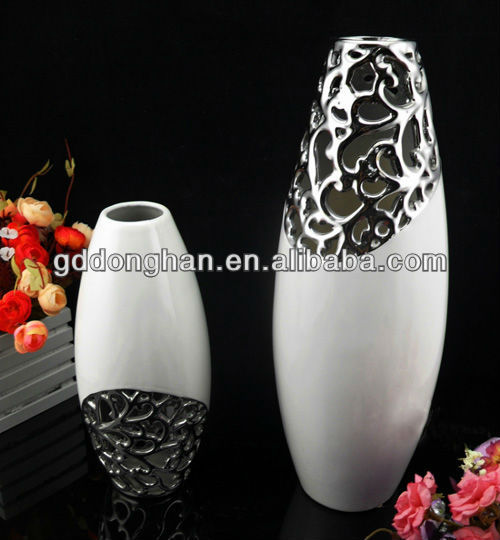 unique shape vase with black and white