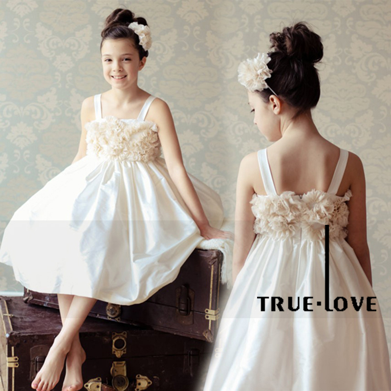robes de mode robe blanche fille pour mariage. Black Bedroom Furniture Sets. Home Design Ideas