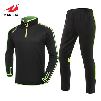 De fútbol de moda diseños de camisetas de fútbol camiseta de fútbol Kits  corriendo traje de 75c2c570c3612