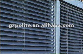 Polite parasol pd6200 ext rieur motoris stores for Store venitien exterieur aluminium