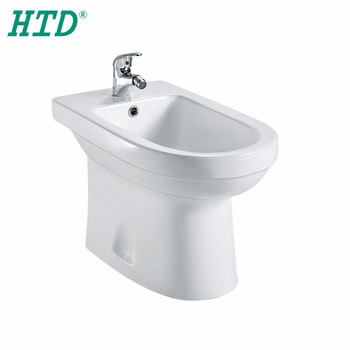 Htd-0018 Wc Woman Use Sanitary Wares Cheap Ceramic Bathroom Toilet on